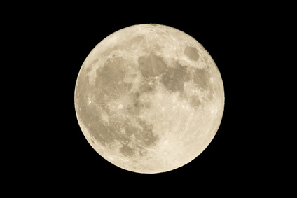 満月・Fotolia_95590044_XS.jpg